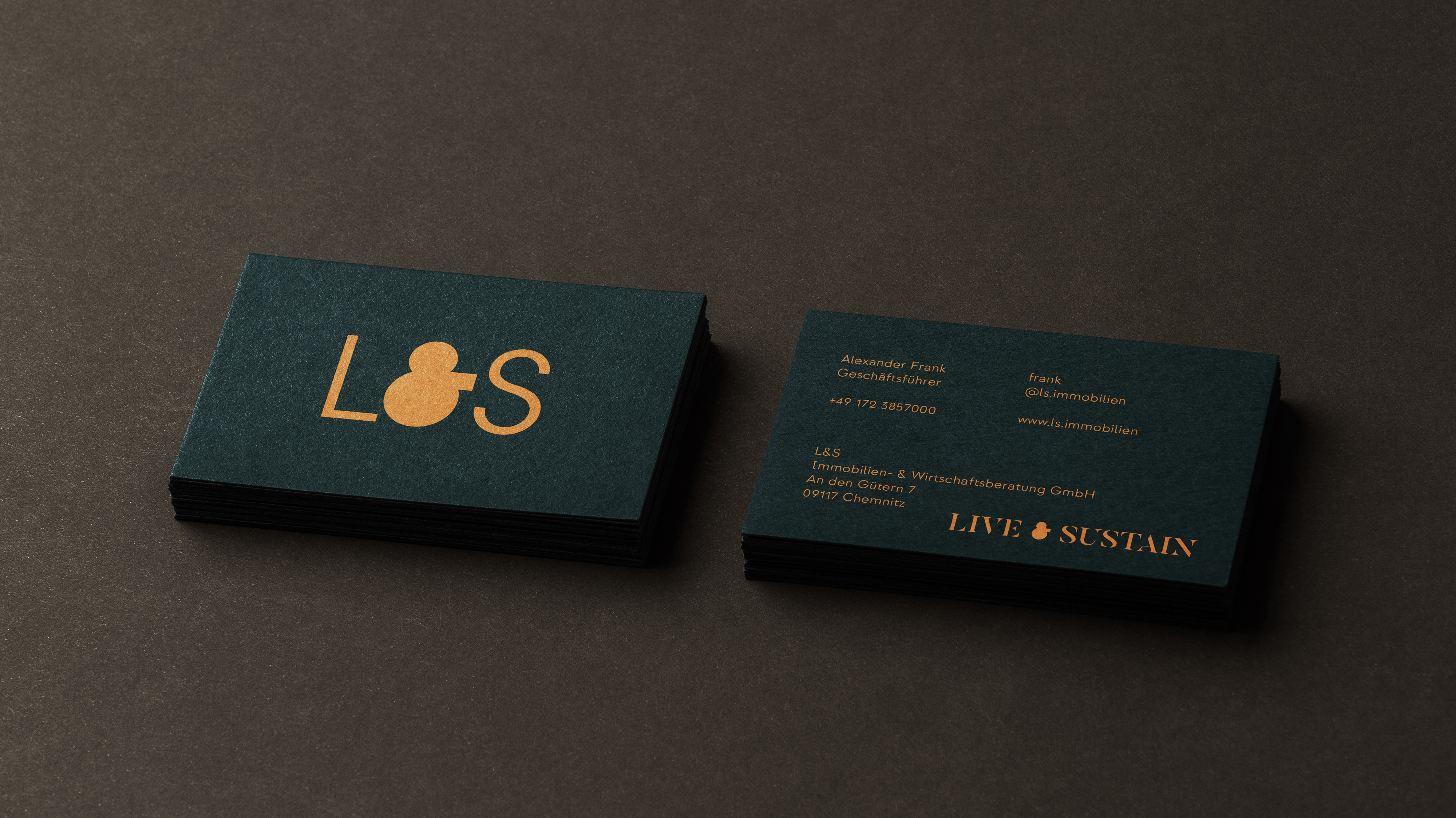 LS_BUSINESS_CARDS